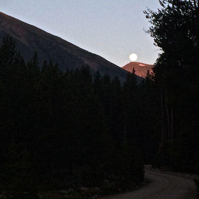 Halfmoon Creek moonset.