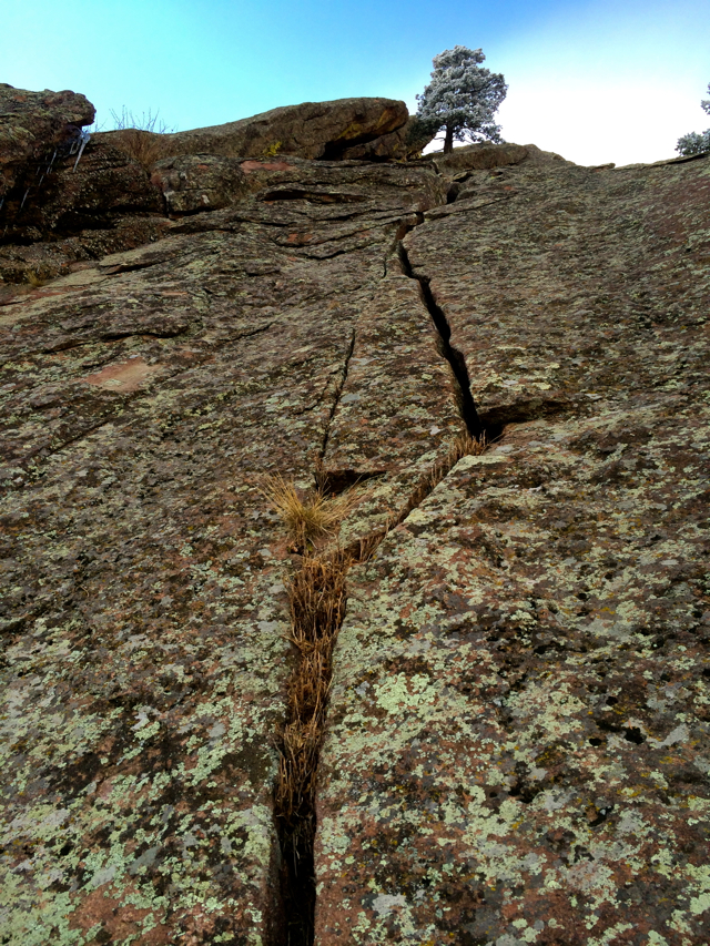 The crack on p2 of Achean Pronouncement. A bit of a rarity for the east face of a flatiron.